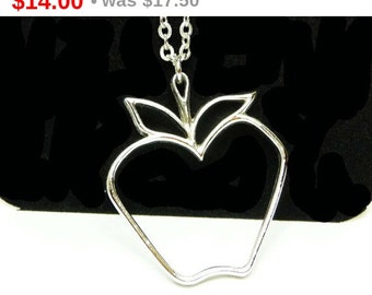 Vintage Apple Necklace from Sarah Coventry - The Big Apple - Silvertone Pendant & Chain - Mint in Box