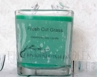 Fresh Cut Grass Scented Soy Candle, Green Grass Candle, Deodorizing Soy Candle, Limited Edition, Dark Green Cube Candle, Square Jar Candle
