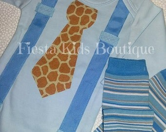 Newborn boy outfit, boys suspenders, tie onesie, baby boy bodysuit, 1st birthday boy outfit, giraffe print, infant boy clothes, baby gifts