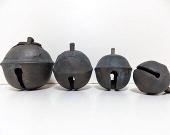 Vintage Sleigh Horse Petal Bells Rustic Brass Decor