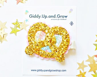 SALE Felt Hair Clip Baby Bow Glitter Pretzel giddyupandgrow
