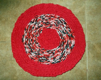 "Rag Rug 20"" Round Handmade Small Pet Bed Mat Red White & Black Cotton Knit  FREE SHIPPING!!!"