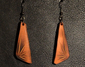 Handmade Leather Earrings. Zu-Antü.