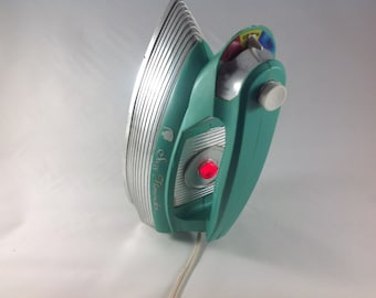 Suzy Homemaker Iron, Vintage Play Iron, Aqua