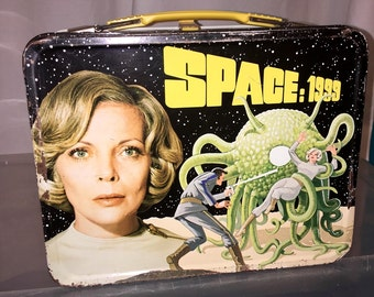 vintage 1975 thermos brand Space 1999 space movie metal lunch box LB lunchbox alien