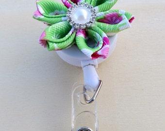 Kanzashi Flower ID Badge Holder Pointed Petals Ribbon Flower Retractable ID Holder