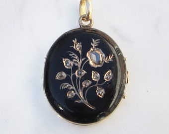 Antique Victorian Black Enamel and 14k Solid Yellow Gold Mourning Locket with Rose Cut Diamonds