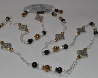 Gergia Tech necklace and earring set