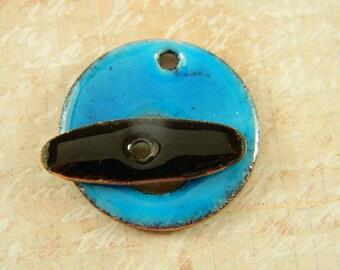 Aqua Blue Enameled Toggle Clasp with Black Enameled Toggle Bar