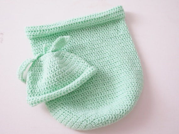 Baby cocoon christmas baby outfit crochet baby cocoon