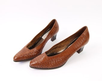 VINTAGE 1990s Leather Woven Heels Shoes Size 10