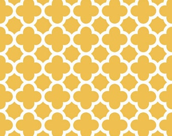 Quatrefoil Medium in Mustard by Riley Blake Designs - 1 Yard