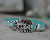 Silver Auger Shell Bracelet - Leather Jewelry - Beach Bracelet