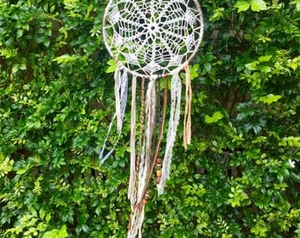 Doily Boho Feathers Beads Dreamcatcher