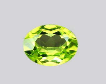 PERIDOT  (30037) -   Sparkling  5 x 3.5mm Lovely Green Peridot - Faceted