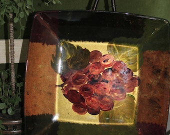 Square Serving Plate with Grapes