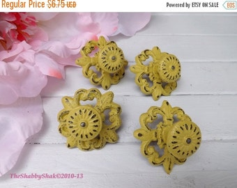 On Sale Shabby Chic Cast Iron Knob /Dresser Knob / Drawer Knob / Decorative Knob