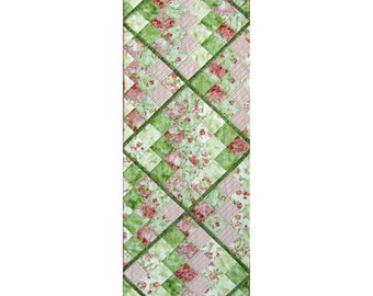 Quilted Table Runner, 4596-0, pink and green Table Runner, Pieced Table Runner,  quilted table topper, quilted table decoration