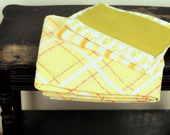 Vintage Full Flat Sheet Linens Size Double Mod Bright Yellow & White Plaid Mid Century Morgan Jones Bedding Bedding Decor Coastal Cottage