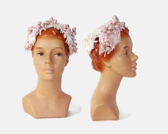 Vintage 50s HAT / 1950s Pale Pink Felt BRIDAL Hat with Velvet Leaves & Satin Berries