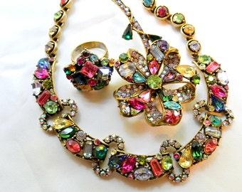 Vintage Hollycraft Demi Parure Necklace, Brooch And Ring Set