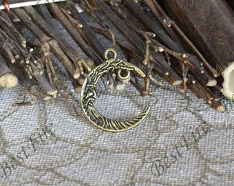 10 pcs of Antique brass Moon Charms ,Charms moon Findings, Pendant Findings, pendant beads findings