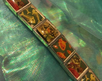 Cat & fish stretch bracelet lucite silver tone 12 tiles/ink drawings Rare one-of-a-kind