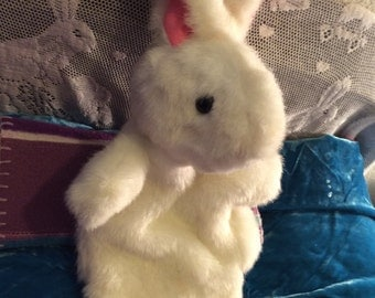 Bunny  rabbit hand puppet soft furry vintage white no flaws & no claws!