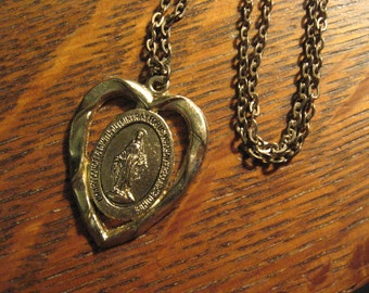 Miraculous Medal Necklace - Vintage Madonna Virgin Mary Catholic Heart Pendant