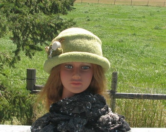 Knit Felt Brimmed Bowler Crusher Hat Green Tea Heather Mod Pin