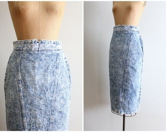 high waisted acid wash denim skirt - 80s tight jean skirt / 90s grunge - vintage denim skirt / acid washed denim wiggle skirt