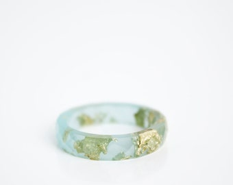 sea blue and gold size 7 thin multifaceted eco resin ring