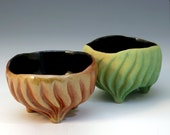 Carved porcelain ring bowl, in green or golden orange glaze, black glaze, jewelry holder, food bowl