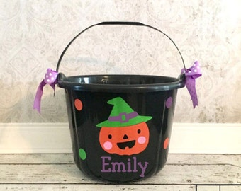 Halloween Bucket, personalized  Bucket, Halloween Pail, Trick or Treat, Halloween, Candy Bucket, Trick or Treat bag,