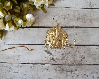 French Style Gold Jewelry Necklace Hanger Metal Spinning Swivel Wall mount Bedroom Bathroom