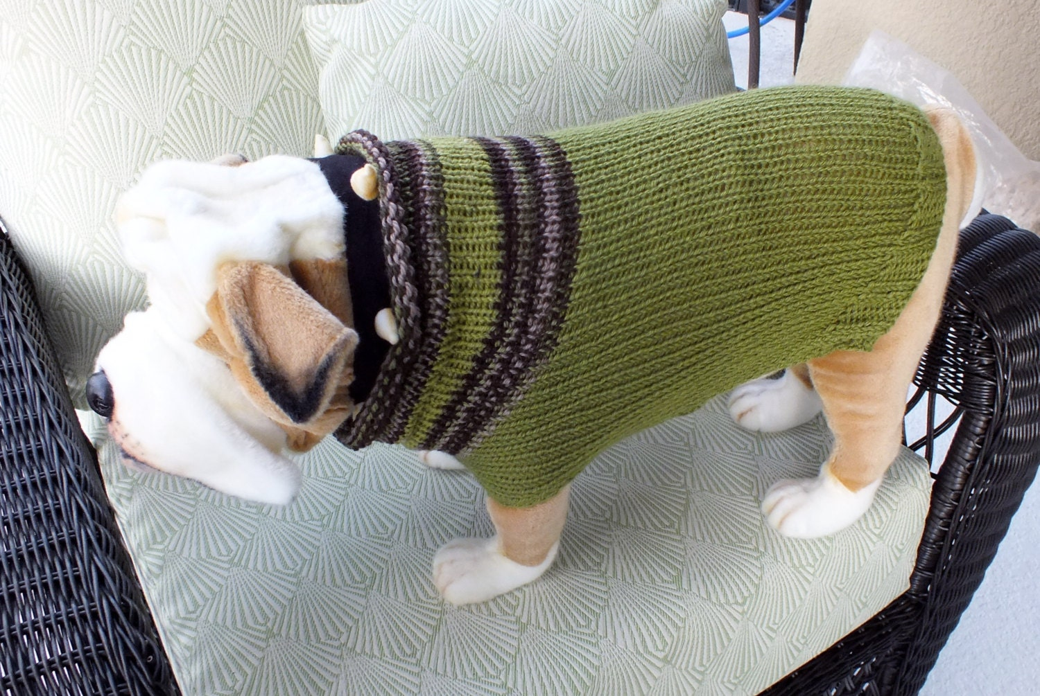 Knitting Patterns For Bulldog Sweaters : Dog Sweater Hand Knit English Bulldog Green 17 inches