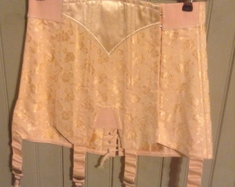 New without tags! Vintage Pink lace up back corset girdle w garters