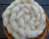 4 oz Lambswool Roving, Natural White, Unbleached, Soft, Spinning, Felting, Blending, Shetland, Corriedale, Coopworth, Dorset, Il de France
