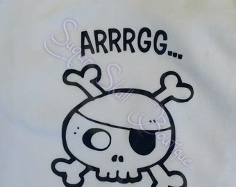 Skull Baby - Pirate Baby  - Wipe me booty - Arrrgg - bodysuit - summer - Baby Shower - Pregnant - Skulls - Pirates - Birthday outfit - Party