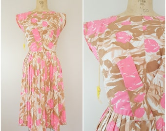 Vintage 1950s Dress / Pink Floral / Garden Party Dress / With Tags / XS
