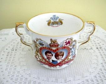 1981 Vintage Prince Charles and Princess Diana Royal Wedding Elizabethan Bone China Loving Cup Commemorative Two Handle Mug