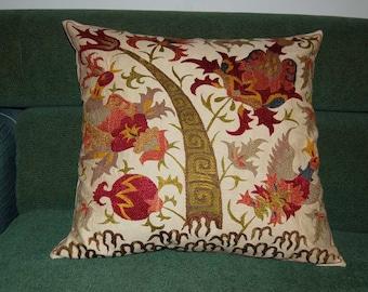 Beautiful  handmade     Bukhara  flowers pattern Suzani Pillow Cover cushion  original silk  19 x 19 inch