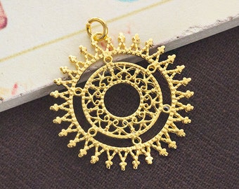 1 of 925 Sterling Silver 24k Gold  Vermeil Style Filigree Disc Pendant 30mm. Polish Finished   :vm0763