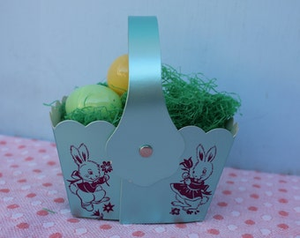 Vintage, New Old Stock Foil Cardboard Easter Basket, Advertising, Loft's Candies