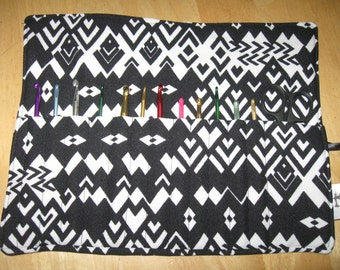 Crochet Hook Case Organizer/Holder  Holds 12 Needles &Scissors, Crochet Hook Organizer, Black Case, Crocheting, Crochet Hook, Organize, Case