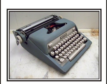 Late 1950s Early 1960s Royal Tab O Matic