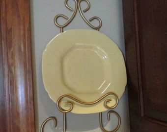 Vintage Metal Wall Plate/Picture Holder