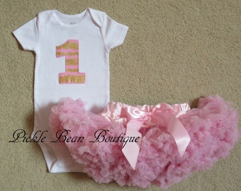 Pink and Gold Princess - 1st Birthday Girl Outfit - Pink Gold Birthday - Bodysuit - Pink Pettiskirt Tutu - Baby Girls First Birthday Outfit