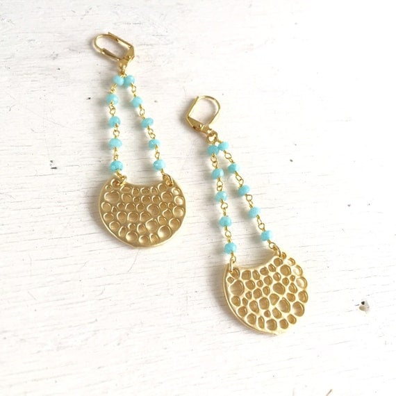 Crescent Beaded Chain Earrings in Turquoise and Gold. Long Gold Dangle Earrings.  Geometric Earrings.  Modern Jewelry. Gift for Her.