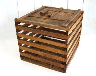 Vintage Wooden Egg Crate Lid Wood Handle Primitive Lighting Humpy Dumpy Eggs Owosso Mi Ark Rustic Farmhouse Storage Display